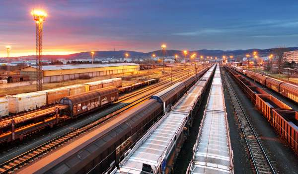 Tips for Using Rail Freight Services