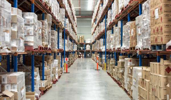 How to maintain high delivery performance during peak season